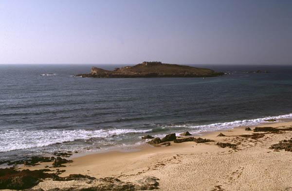 Ilha_do_pessegueiro