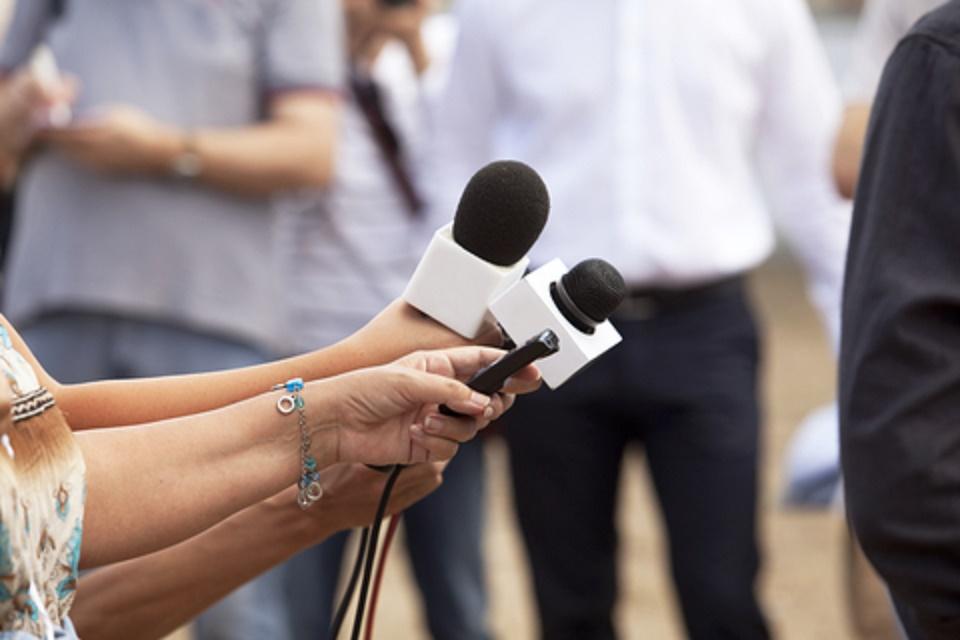 Resultado de imagem para jornalistas cabo verde