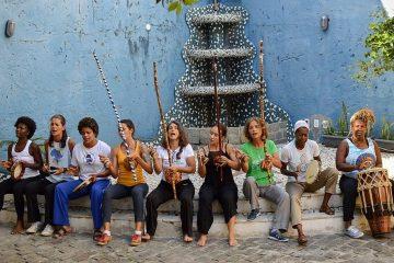 mulheres capoeira
